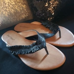 Ashley Stewart flip flops